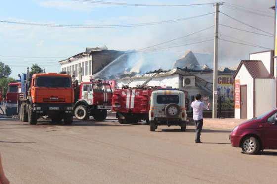 Новый масштабный пожар произошёл в торговом центре Татарстана