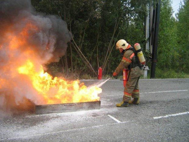 В Казани журналисты соревновались в тушении пожаров