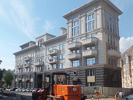 Элитная многоэтажка «Падишах плаза» стала причиной конфликта