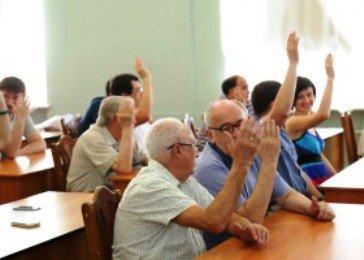 Р.Минниханов выдвинут на президентские выборы от Химического института им. Бутлерова