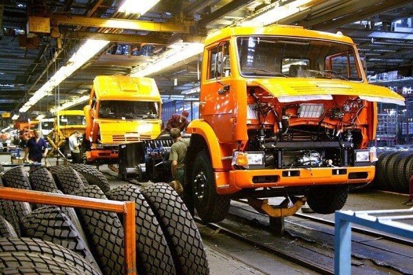 В КАМАЗе заявили о возобновлении производства