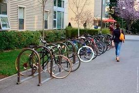 В столице Татарстана появится новая инфраструктурная сеть парковок, включающая места для велосипедистов