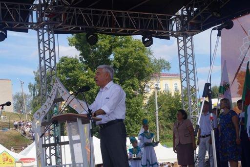 Ф. Мухаметшин открыл в Елабуге II Фестиваль малых туристских городов