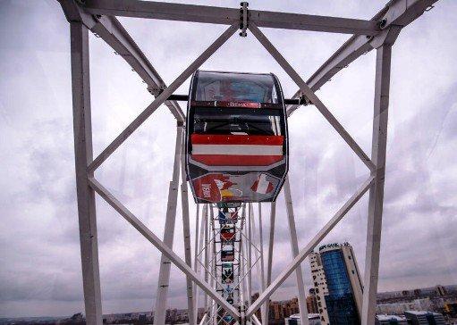 Второе по высоте в РФ колесо обозрения  за 200 млн руб. открылось в Казани