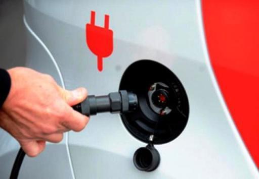 Предприниматели РТ готовы строить электрозаправки, государство поддерживает только строительство газозаправок