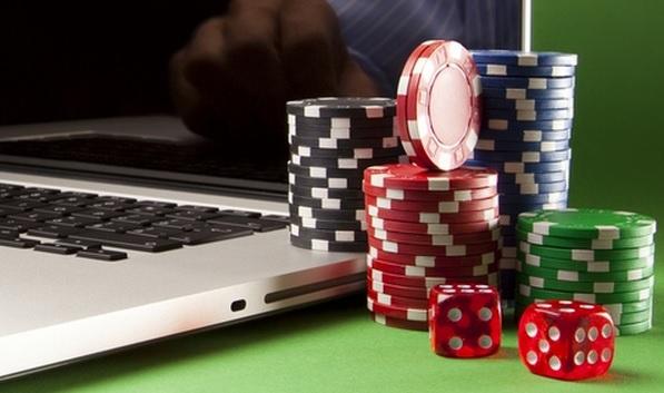 бездепозитный бонус за регистрацию в казино 2018 список