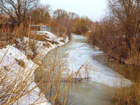 В РТ у мест массового выхода рыбаков на лед выставлены спасательные посты