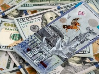 Доллар в тенге