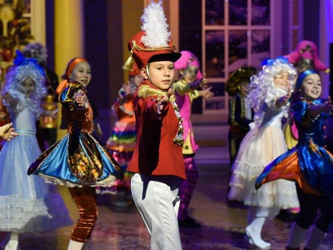 В 20 общественных пространствах Казани пройдет около 100 новогодних мероприятий