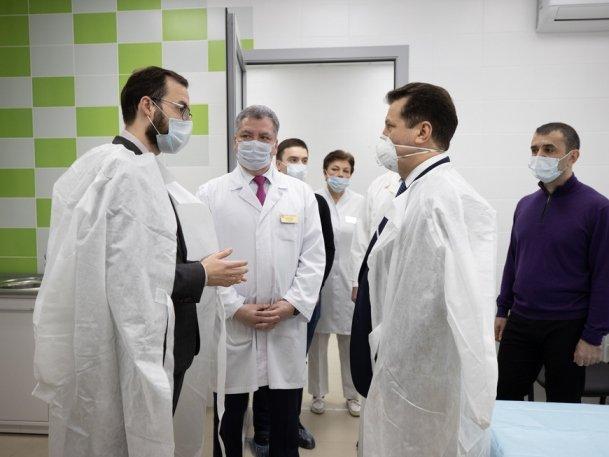 И.Метшин осмотрел новый Центр амбулаторной травматологии по ул.Мавлютова