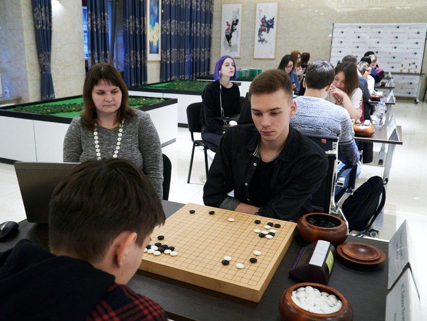 Турнир по го проходит в Казани
