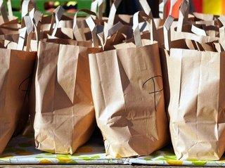 Почему пластиковые пакеты дешевле бумажных?