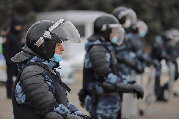 Студента Казанского медуниверситета выдворяют из России после штрафа за участие в митинге
