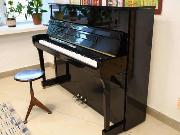 6 музыкальных школ Казани получили новые пианино