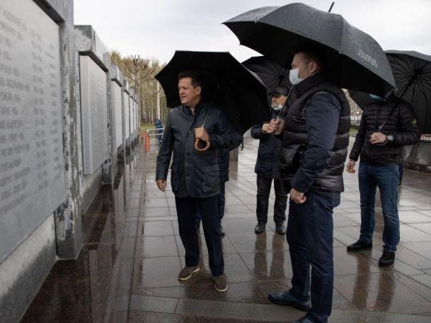 Мэр Казани проконтролировал готовность парка Победы к празднованию 9 Мая