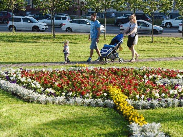 Казанские семьи могут посетить бесплатные занятия с врачами и психологами в «Школе родительства»