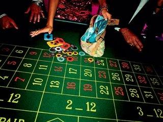 Играйте в казино Playfortuna без денежных рисков