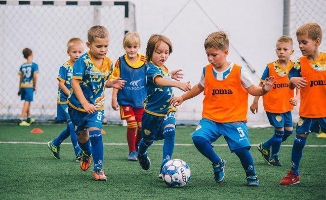 В Казани футболом занимаются 3 тыс. детей и подростков