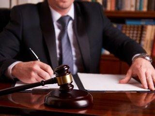 Споры и конфликты на работе: когда требуется профессиональная юридическая помощь?