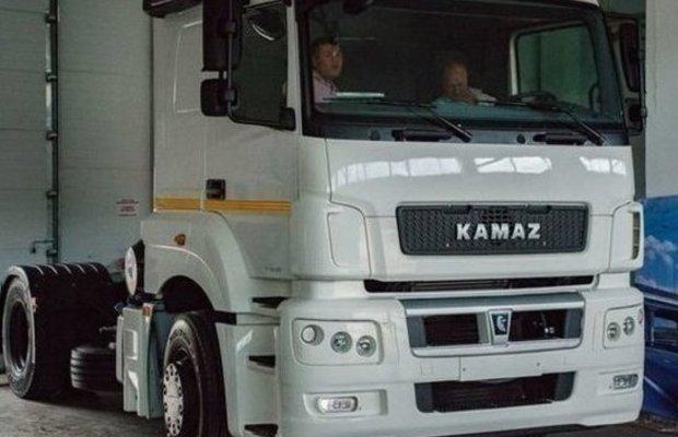 Серийное производство легкого коммерческого грузовика