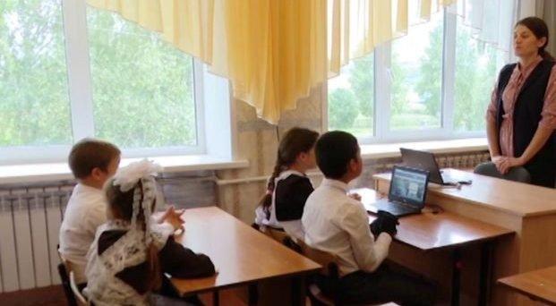 В Татарстане вакцинировано 70% работников сферы образования